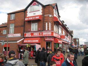 Fotballsupporterne i Manchester har mye å glede seg over.