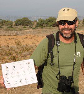 Fran Lucha er ekspert på fuglelivet, han forklarte for de engelsktalende.