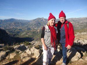 På bildet ser vi Laila og Oddvar Oddhaug på toppen av Sierra Bernia.
